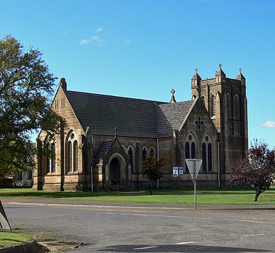 Bothwell-St-Michaels-001
